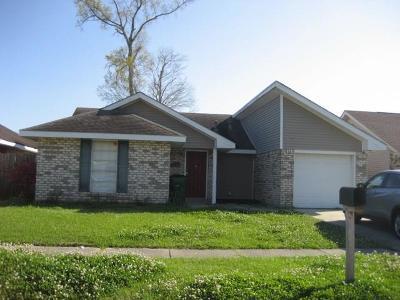 Single Family Home For Sale: 2913 Doreen Lane