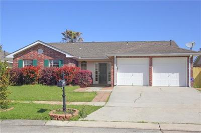 Marrero Single Family Home Pending Continue to Show: 2612 Midden Drive