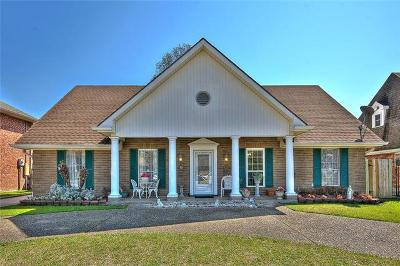 Kenner Single Family Home For Sale: 4204 Rhone Drive