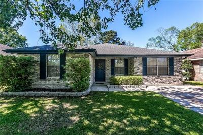 Destrehan, St. Rose Single Family Home Pending Continue to Show: 145 Dianne Drive