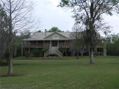 Single Family Home For Sale: 9508 Barataria Boulevard