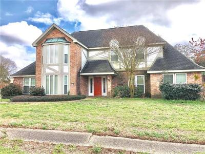 New Orleans Single Family Home For Sale: 3509 Red Oak Court