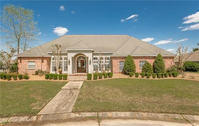 Covington Single Family Home For Sale: 14025 Riverlake Drive