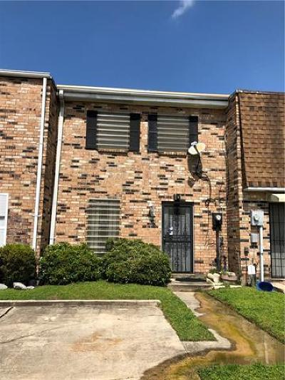 New Orleans Townhouse For Sale: 7709 Coronet Court