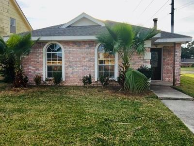 New Orleans Single Family Home For Sale: 7660 Scottwood Drive