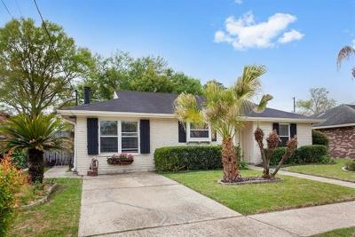 River Ridge, Harahan Single Family Home For Sale: 8704 Carriage Road