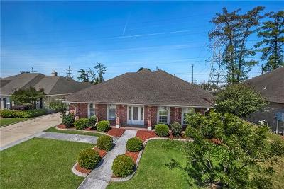 Harvey Single Family Home For Sale: 3305 Abbotswood Drive