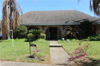 New Orleans Single Family Home For Sale: 3907 Peachtree Court