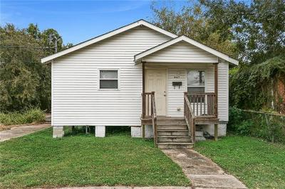Single Family Home For Sale: 9427 Colapissa Street