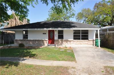 Single Family Home Pending Continue to Show: 304 N Pierce Avenue