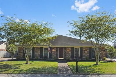 Destrehan Single Family Home Pending Continue to Show: 5 Edgewood Drive