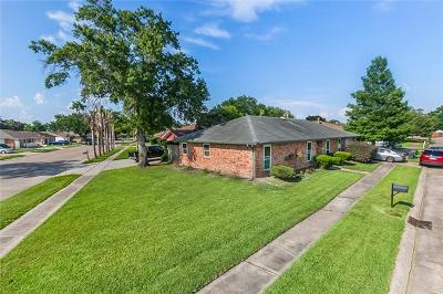 Kenner Single Family Home For Sale: 3300 Chateau Boulevard