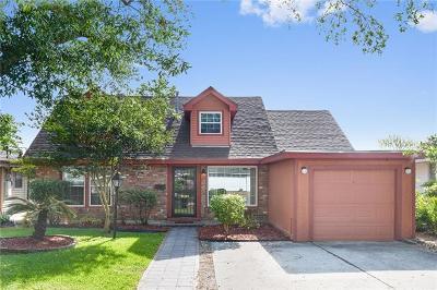 Single Family Home Pending Continue to Show: 1217 Hesper Avenue