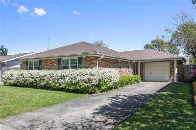 Metairie Single Family Home For Sale: 4413 Courtland Drive