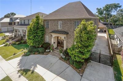 Metairie Single Family Home For Sale: 303 W Maple Ridge Drive