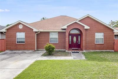 Marrero Single Family Home Pending Continue to Show: 522 Saddler Road