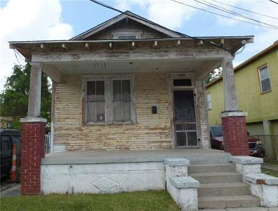 Single Family Home For Sale: 1619 N Galvez Street