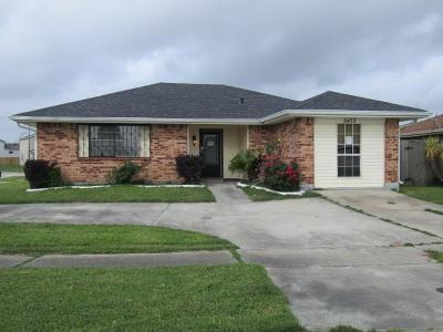 New Orleans LA Single Family Home For Sale: $79,900