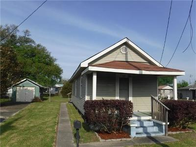 Single Family Home For Sale: 624 Francis Street