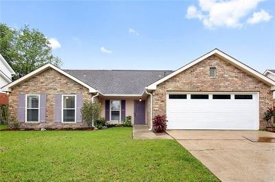 Destrehan Single Family Home Pending Continue to Show: 42 Oakley Drive