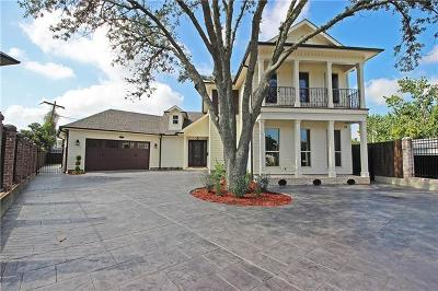 Metairie Single Family Home For Sale: 15 Laux Manor Drive