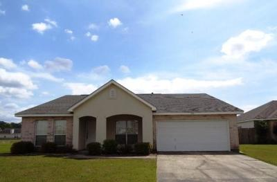 Covington Single Family Home For Sale: 252 Penn Mill Lakes Boulevard