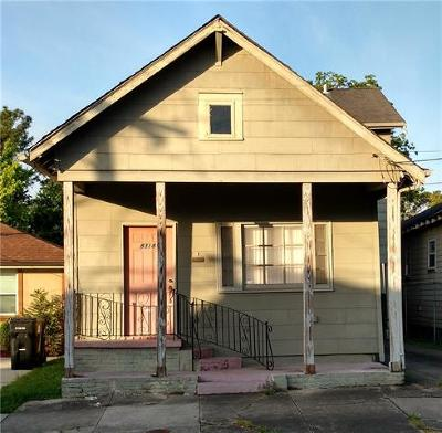Single Family Home For Sale: 8318 Nelson Street