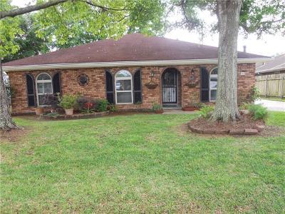 Destrehan, St. Rose Single Family Home For Sale: 132 Ormond Village Drive