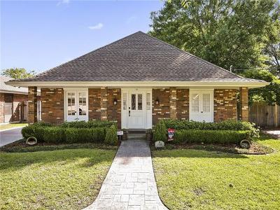 Metairie Single Family Home Pending Continue to Show: 1909 Butternut Avenue