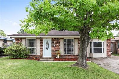 Kenner Single Family Home Pending Continue to Show: 4132 E Louisiana State Drive