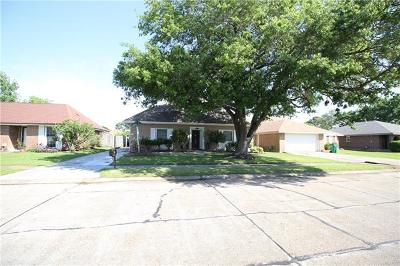 Single Family Home For Sale: 2228 Stall Drive