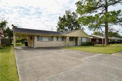 Single Family Home For Sale: 6121 Warwick Court