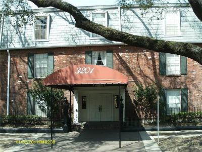 New Orleans Condo For Sale: 3201 St Charles Avenue #303