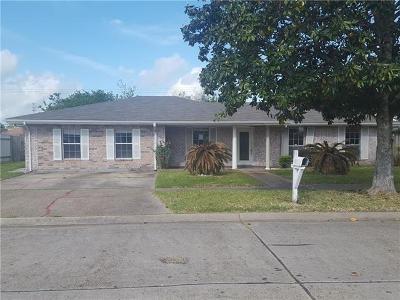 Marrero Single Family Home For Sale: 3824 Hillcrest Drive