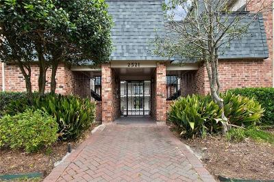 Metairie Condo For Sale: 2521 Metairie Lawn Drive #219