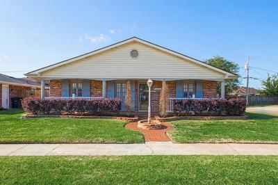 River Ridge, Harahan Single Family Home For Sale: 7624 Wilson Street