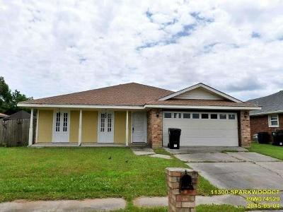 New Orleans Single Family Home For Sale: 11300 S Parkwood Court