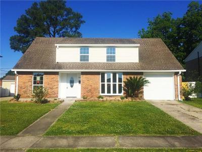Single Family Home For Sale: 808 Legion Drive