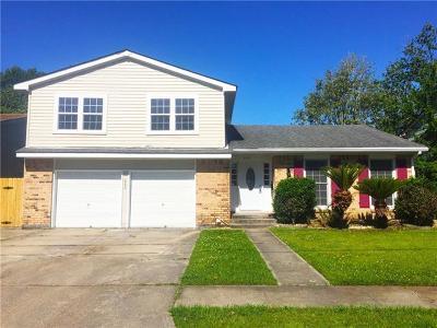 Single Family Home For Sale: 620 Oakwood Drive