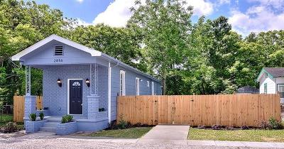 Single Family Home For Sale: 2856 Hiawatha Street