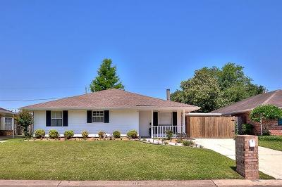 Destrehan Single Family Home Pending Continue to Show: 243 Ormond Village Drive