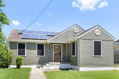New Orleans Single Family Home For Sale: 3275 Desaix Boulevard