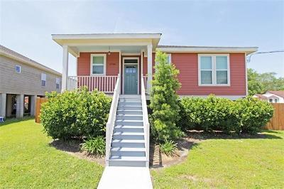 Single Family Home For Sale: 5736 Marigny Street