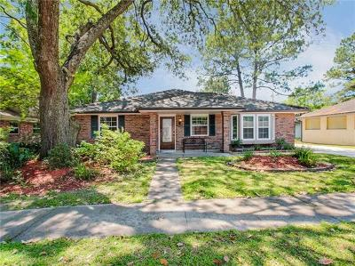 River Ridge, Harahan Single Family Home For Sale: 8800 Bocage Place