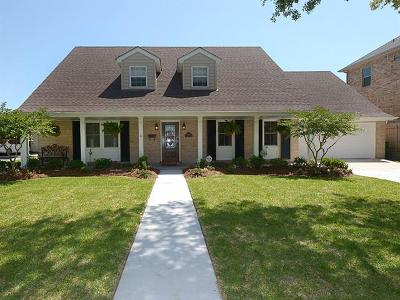 Metairie Single Family Home For Sale: 4817 Cleveland Place