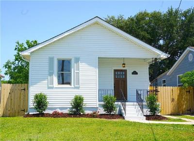 Single Family Home For Sale: 5219 Mandeville Street