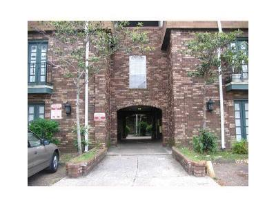 Metairie Condo For Sale: 6220 Riverside Drive #650