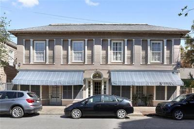 Condo For Sale: 185 Walnut Street #2