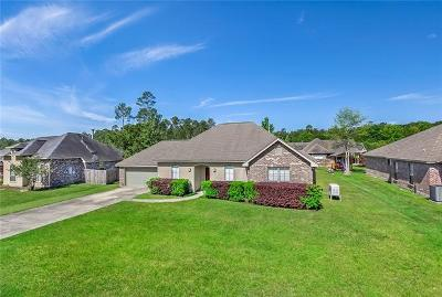 Mandeville Single Family Home For Sale: 370 Autumn Wind Lane