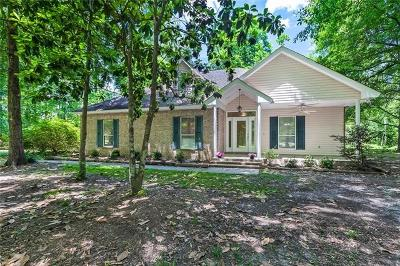 Mandeville Single Family Home Pending Continue to Show: 22245 Rue Coquille